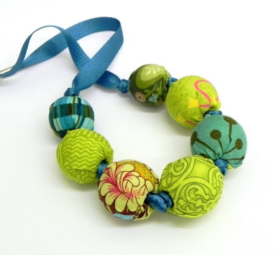Fabric Necklace - Handmade beads - Turquoise and Lime green