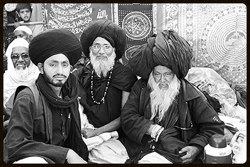 Dam Madar Malangs Of India At Makanpur by firoze shakir photographerno1