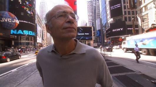 Peter Singer en 'Examined Life', de Astra Taylor