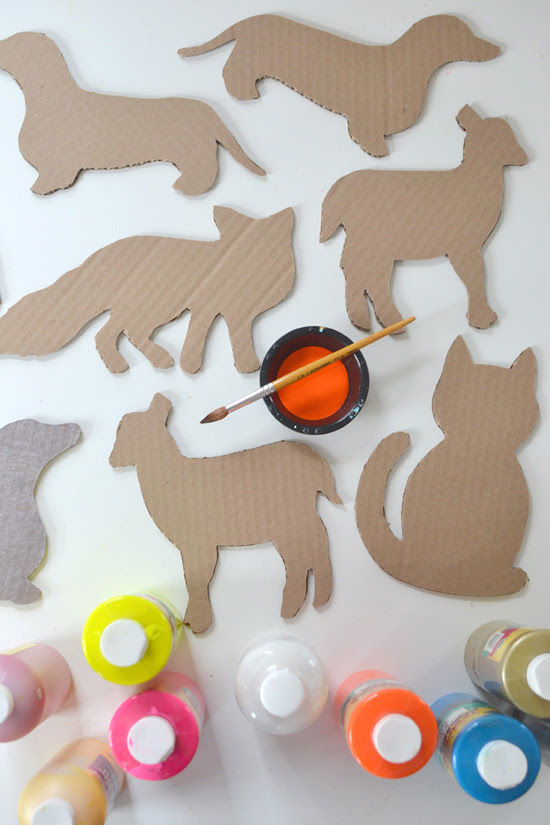 DIY cardboard animals ~ recycled art ~ free templates | @smallforbig