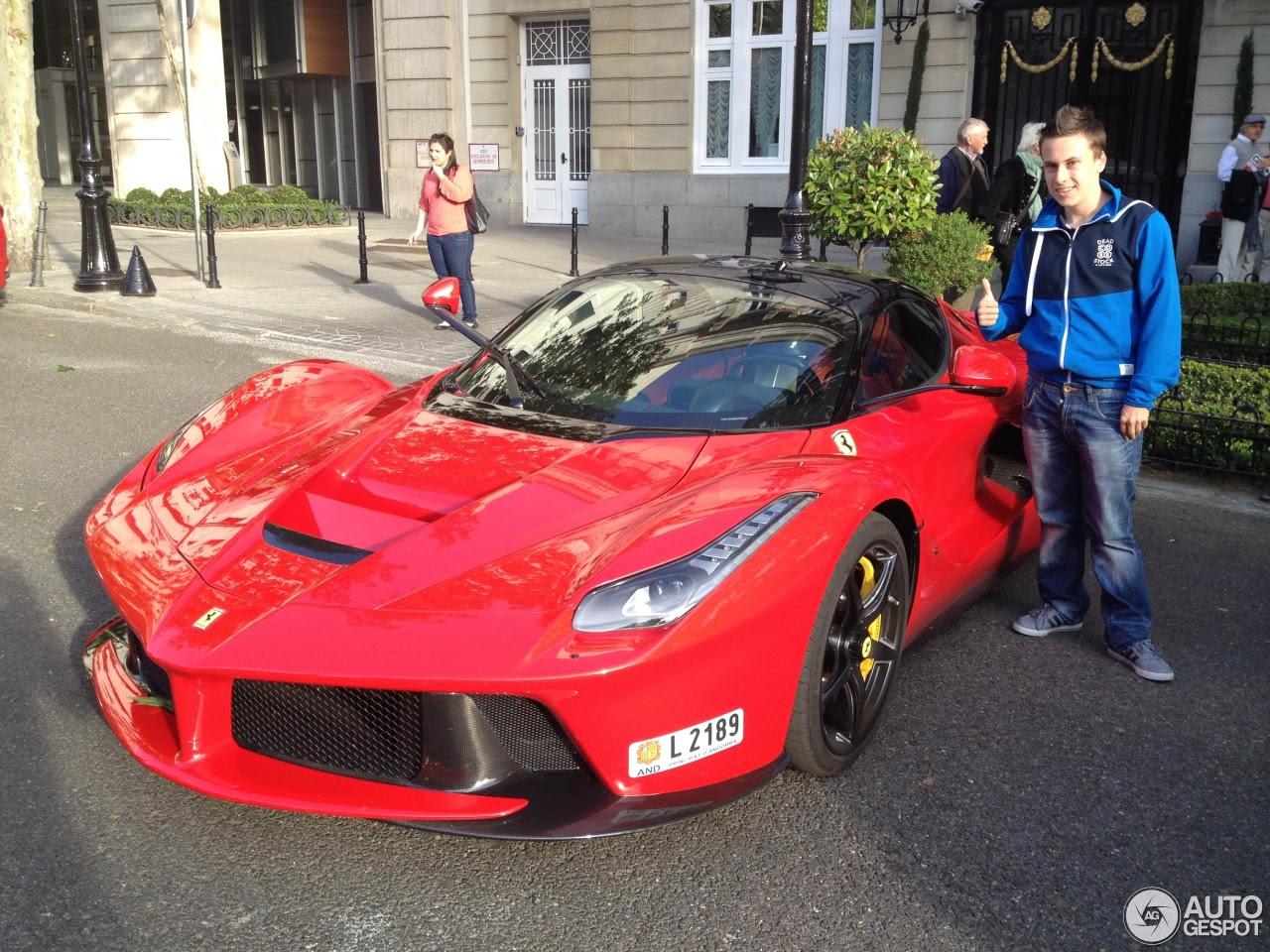 La Ferrari Price
