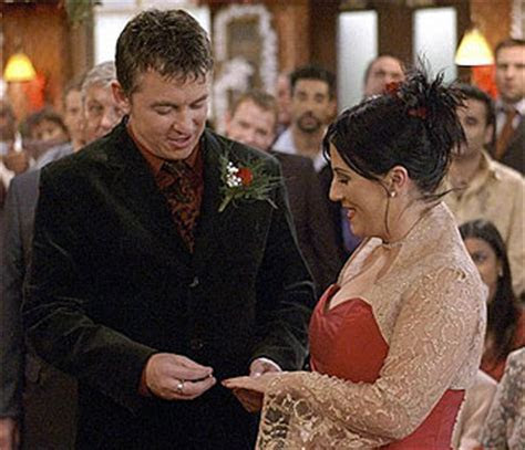 Kat and Alfie return to EastEnders for annivers   Latest