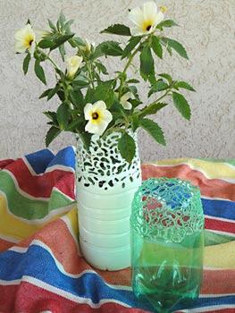 استخدام الزجاجات على شكل أواني الزهور