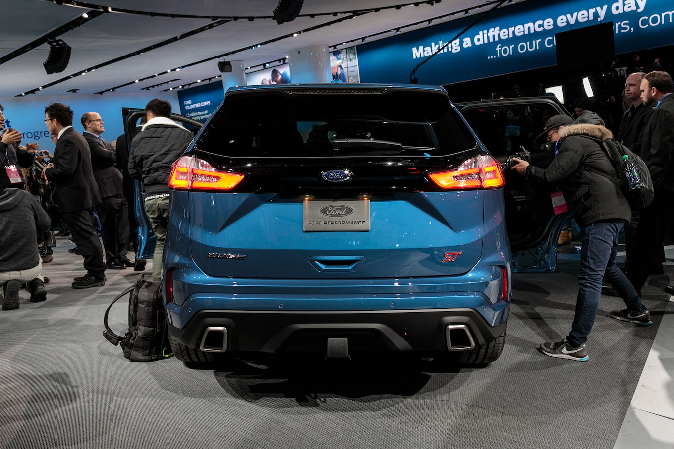 2019 Ford Edge ST First Look: First Performance SUV ...