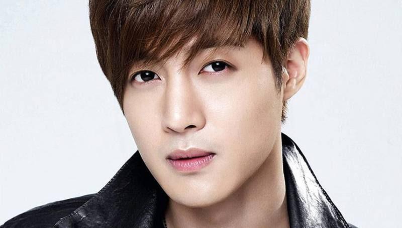 Mantan Kekasih Melahirkan Kim Hyun Joong Siap Jadi Ayah