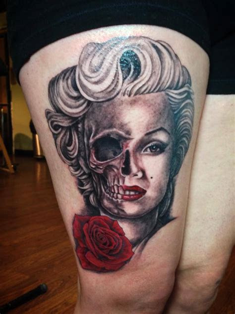 realistic grey ink girls umbrella tattoo