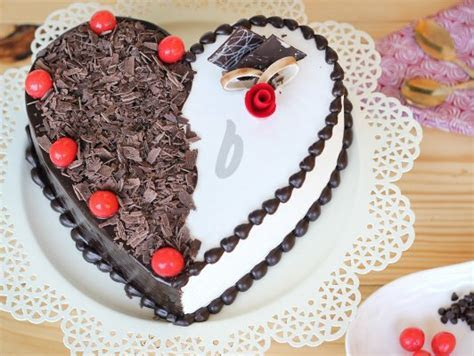 Heart Shaped Black Forest Vanilla Cake   Torrid Affair