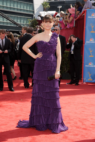 EmilycDeschanel at the at the 62nd Primetime Emmy Awards