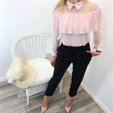 51 Lovely and Popular Summer Outfit Ideas 2018