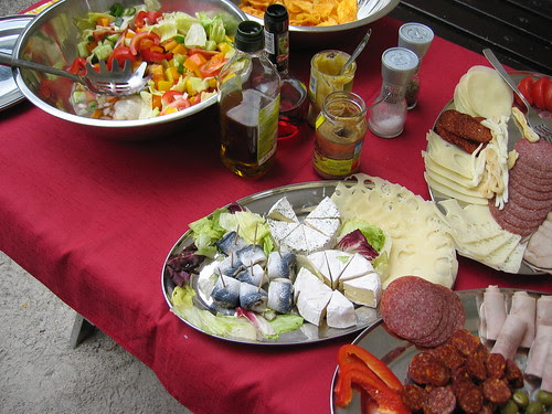 Our picnic lunch in the Hrad Rostejn courtyard