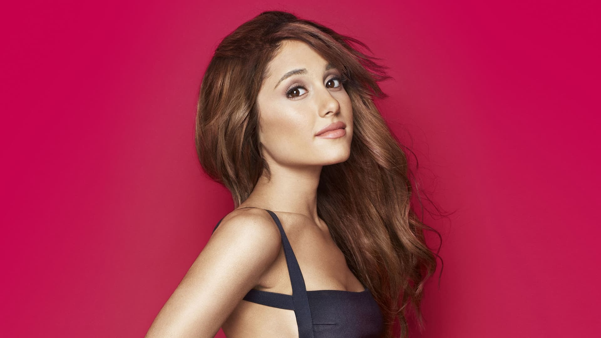 25+ Ariana Grande wallpapers High Quality Download