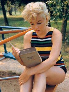 Marilyn Monroe leyendo el Ulysses