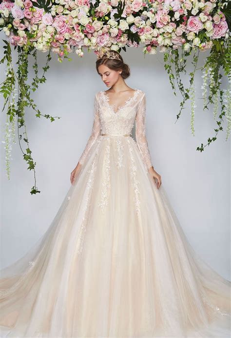 25  best ideas about Ball Gown Wedding on Pinterest