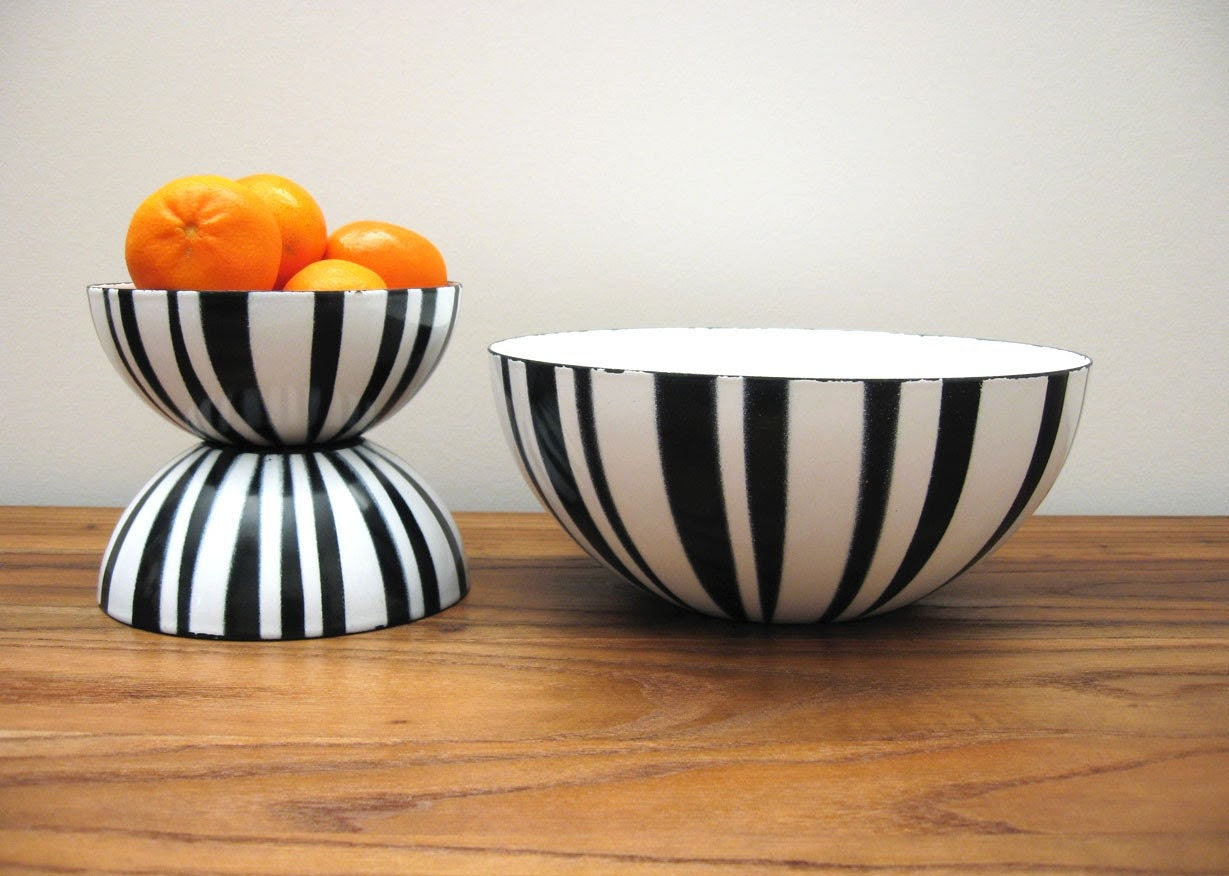 Set of 3 Cathrineholm Black and White Stripe Enamel Bowls
