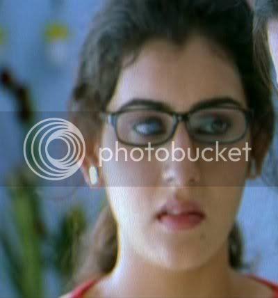 http://i298.photobucket.com/albums/mm253/blogspot_images/Nuvvostanante%20Nenoddantana/PDVD_018.jpg