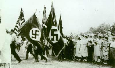 http://rexcurry.net/german-american-bund-camp-siegfried-yaphank2.jpg