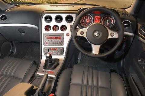 Alfa Romeo 159 Review 2010