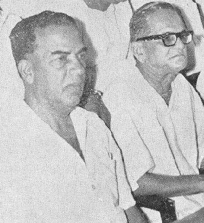 ரணதிவே(வலது) மற்றும் A.K.கோபாலன்