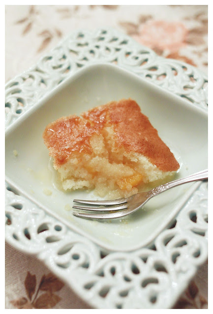 Canned Peach Syrupy Cake