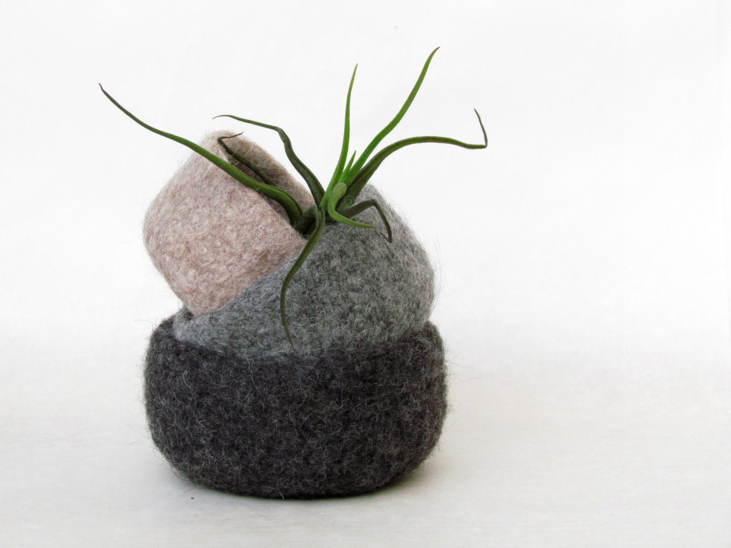 Felted wool nesting bowl Natural colors - Organic eco-friendly - waldorf toy - Grey and earth tones - office container - theYarnKitchen