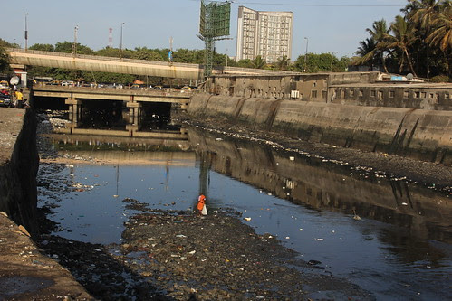 the most famous worli gutter of mumbai by firoze shakir photographerno1