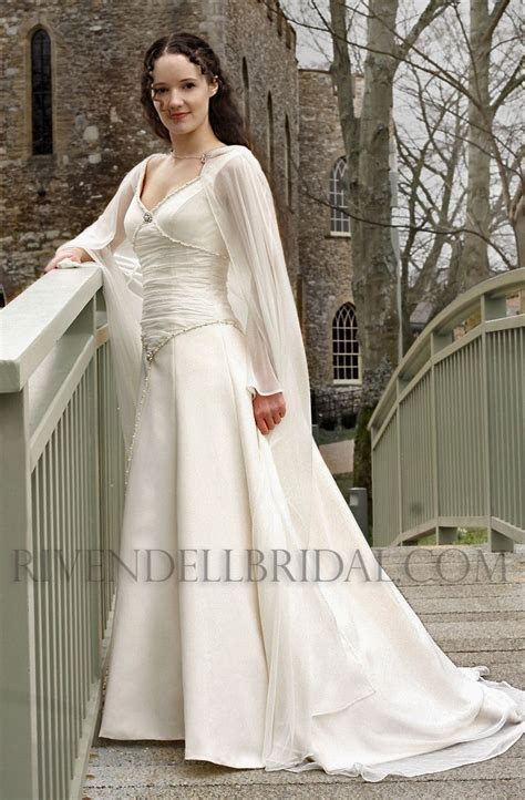 17 Best ideas about Medieval Wedding Dresses on Pinterest