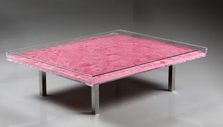 Table Rose, by Yves Klein