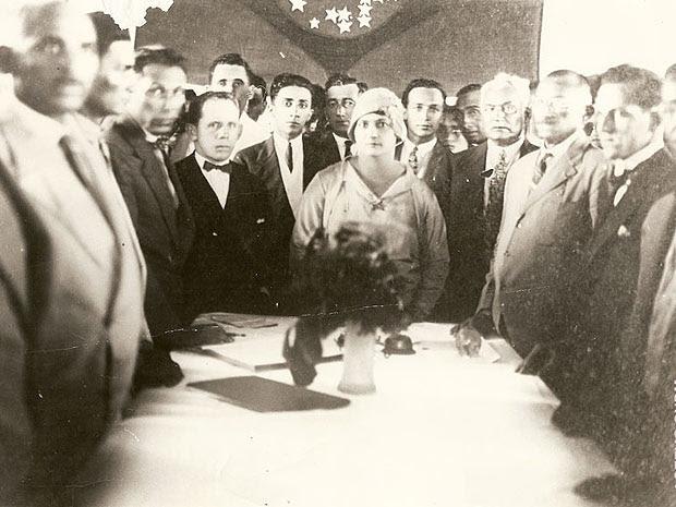 Alzira Soriano em seu gabinete no governo de Lajes