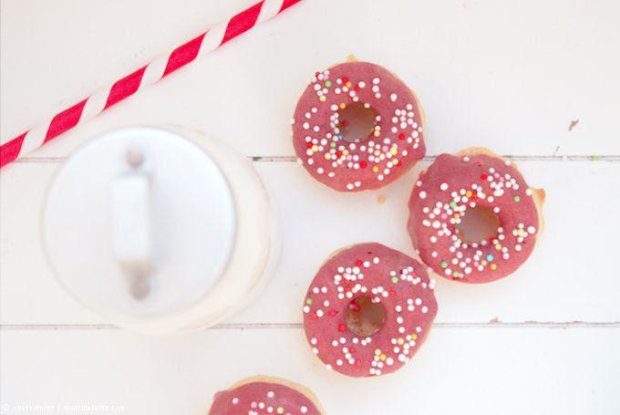 http://i402.photobucket.com/albums/pp103/Sushiina/cityglam/donuts1_zps51cd7ff9.jpg?t=1366146563