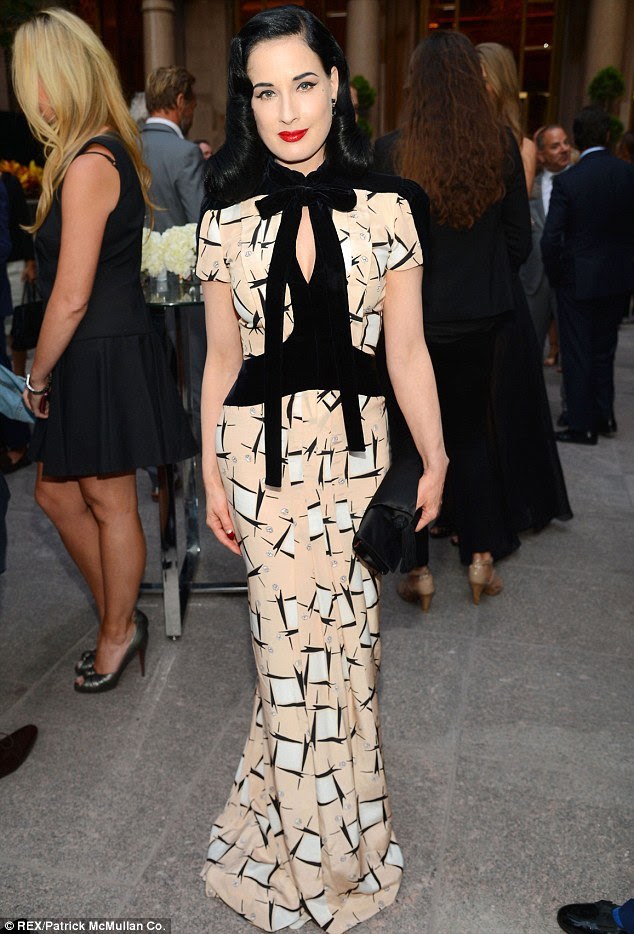 Elegance: Dita Von Teese is the master when it comes to dressing for your shape