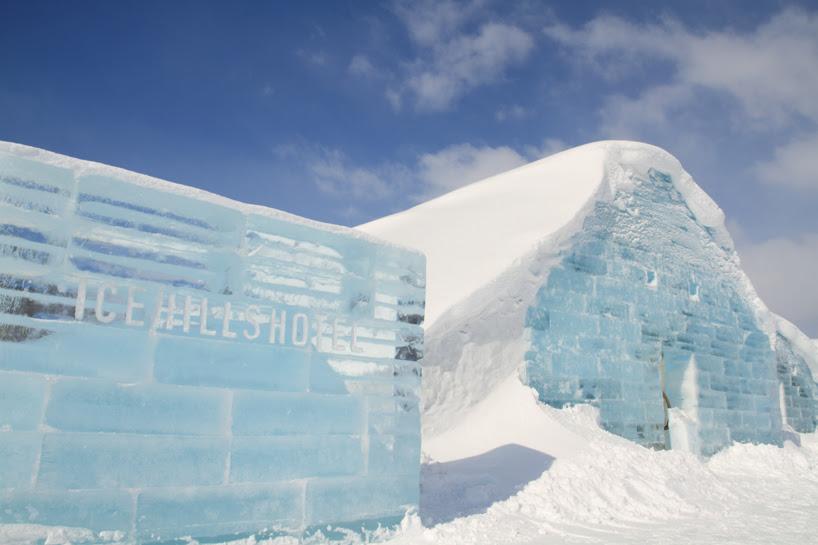 toshihiko-shibuya-colorizes-ice-hills-hotel-designboom-05