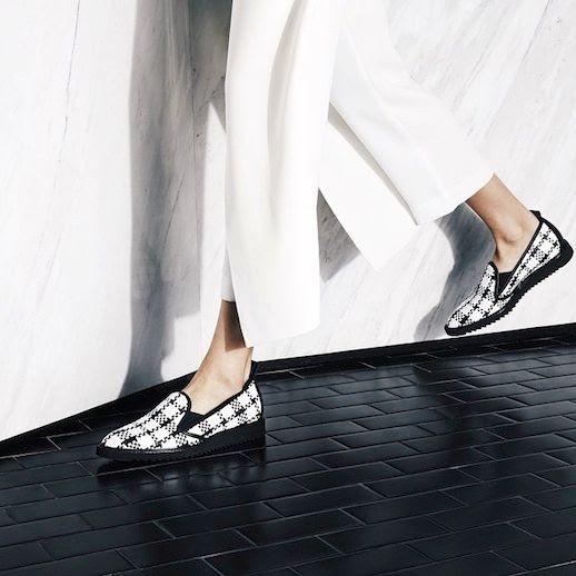 9 Le Fashion Blog The Everlane Street Shoe Woven Black White Slip On Sneaker White Pants Via Instagram photo 9-Le-Fashion-Blog-The-Everlane-Street-Shoe-Woven-Black-White-Slip-On-Sneaker-White-Pants-Via-Instagram.jpg