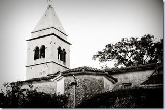 15 tinjanska cerkev