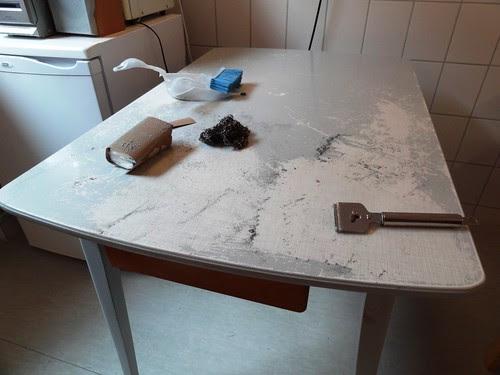 Küchentisch Farbe entfernen