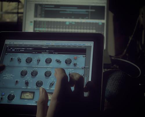 iPad & Logic Pro