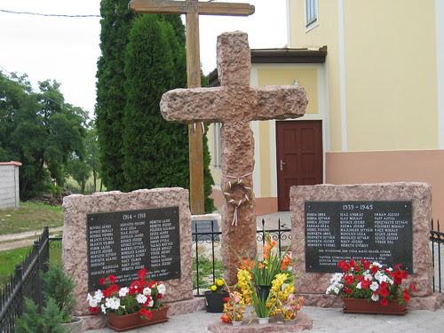 War memorial in Hungarian village