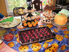 Quilter's Open House Halloween Party 10-31-10 018