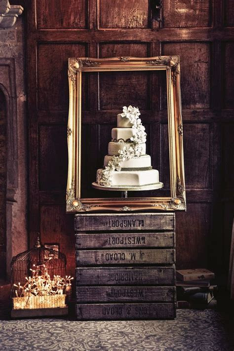 25  best ideas about Wedding Cake Stands on Pinterest