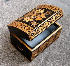 russian-curio-box