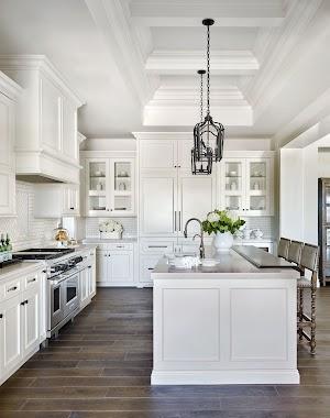 White Wood Kitchen Cabinets Design