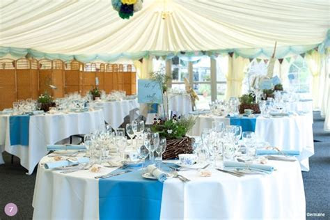 Blue Wedding Theme Ideas   White linens w/ blue runners