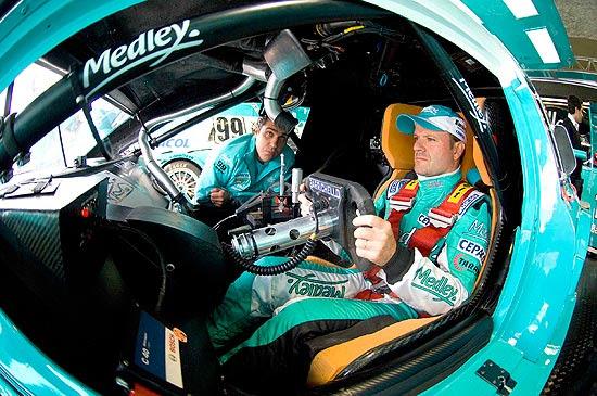 Rubens Barrichello é uma das atrações da Stock Car, que acontece neste domingo (3) em Interlagos | Miguel Costa Jr./Divulgação/MF2