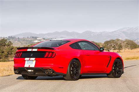 ford shelby gt mustang review
