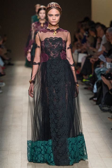 Valentino Spring 2014 Lace Dresses ? French Lace online shop