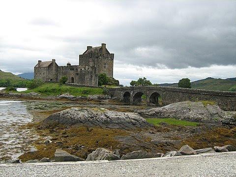 Scotland 4 007