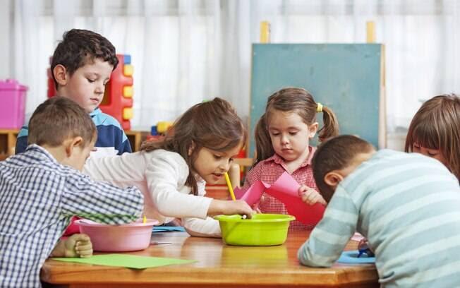 FALTAM VAGAS NA EDUCAÇÃO INFANTIL - Em 2016, todas as crianças de 4 e 5 anos deverão estar matriculadas na escola. Atualmente, 2 em cada 10 estão fora da escola. Foto: Thinkstock Photos