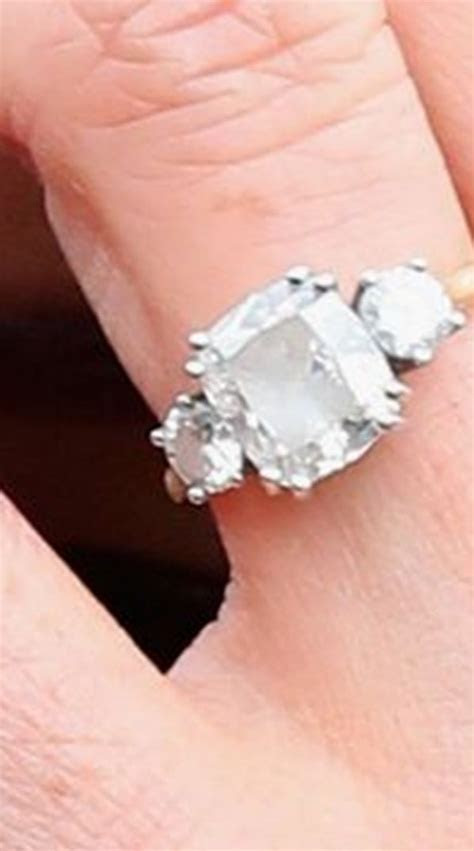 Meghan Markle?s engagement ring was designed and made by