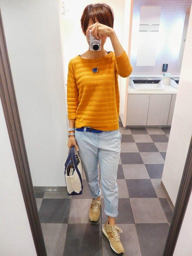 プチプラコーデな今日。 ユニクロのワゴンセールで900円でゲットしたニット。 ブルーと合わせて補色関係の際立つカラーリング。  Knit/UNIQLO Inner/UNIQLO Bottoms/GAP Bag/L.L.Bean Shoes/NB  Today is the coordination of the orange and blue.