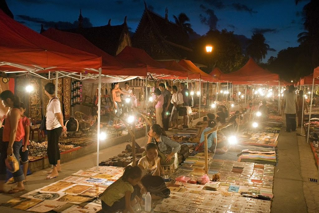 Night market Luang Prabang
