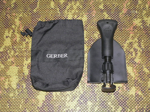 Gerber Gorge Folding Shovel - Gerber Pala y Funda